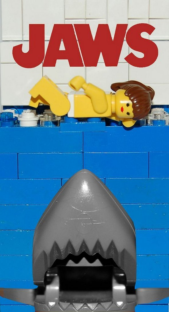 movie-posters-recreated-with-lego-15